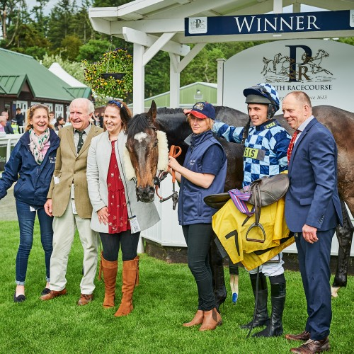 1 Perth Gold Cup 2019
